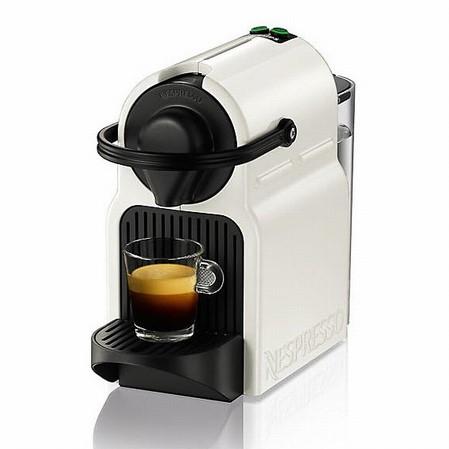 Witte Nespresso koffiemachine